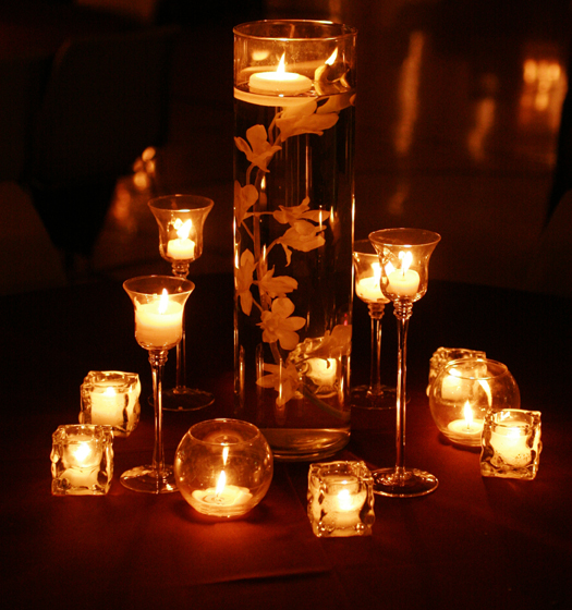 Easy Floating Candle Centerpieces: Simple Candle Wedding Centerpieces