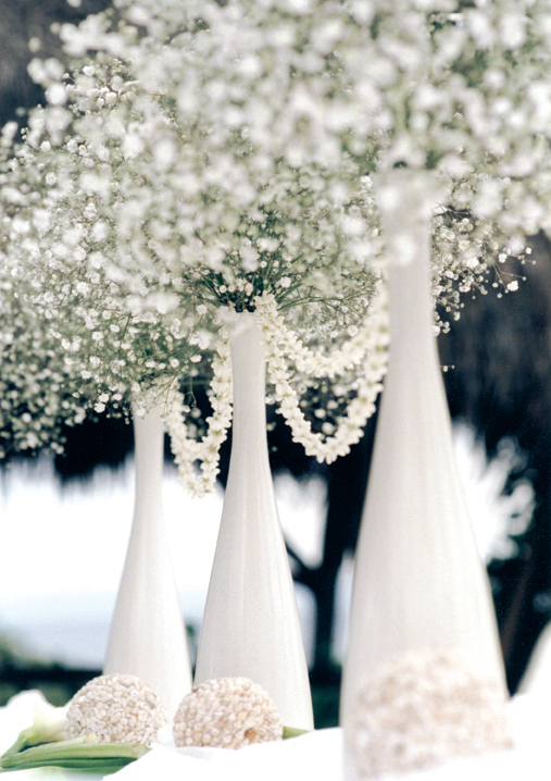 babysbreath How To Save On Your Winter Wedding Décor