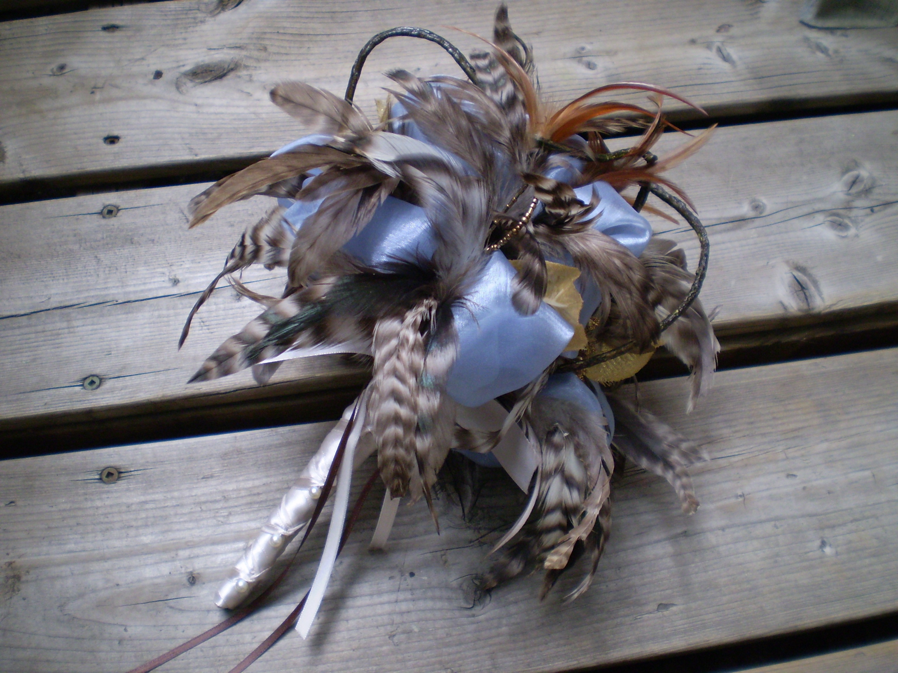 Blue Brown Wedding Bouquets : Wedding bouquets feathers