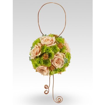 pomander bouquet with wire accents Pomander Bridal Bouquets with a Twist