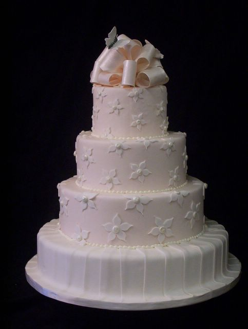 Pink and White fondant wedding cake