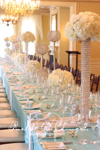 tiffany blue and bling tablescape 5 Amazing Luxury Wedding Reception Centerpiece Looks to Inspire