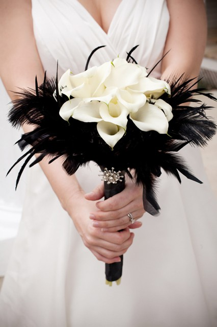 black feathers and white callas 5 Out of the Ordinary Wedding Bouquets