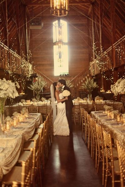 0016x600 Glorious Gold and Ivory Wedding Design